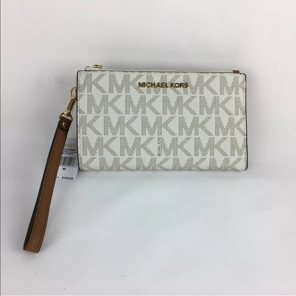 1c0b87ba775f Michael Kors Bags | Jet Set Cell Phone Wristlet | Poshmark